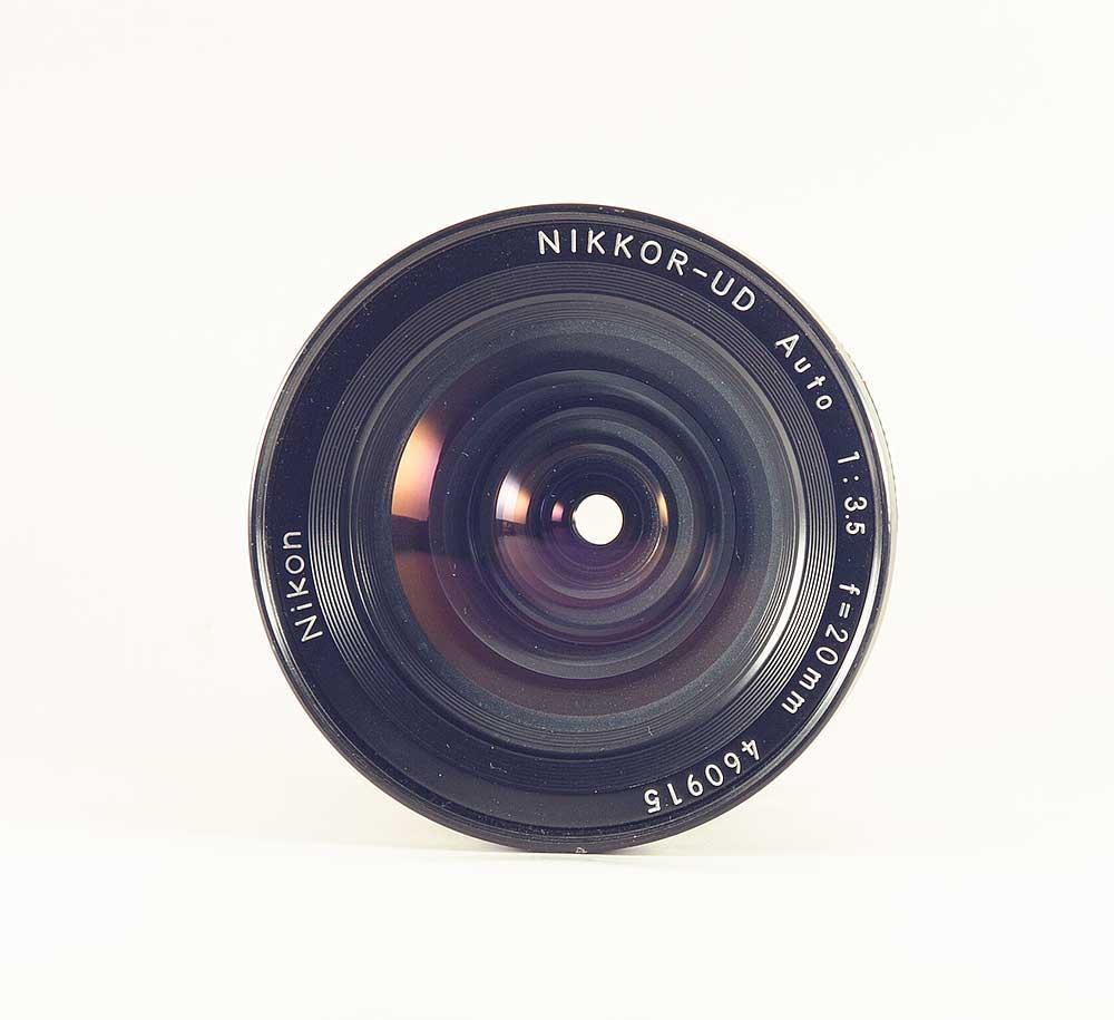 Nikon Nikkor 20mm f/3,5 UD